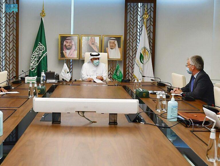 KSrelief chief meets Swedish envoy for Yemen