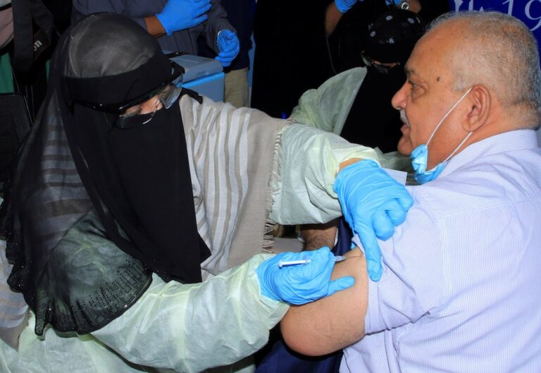 Yemen launches first round of COVID-19 vaccination campaign